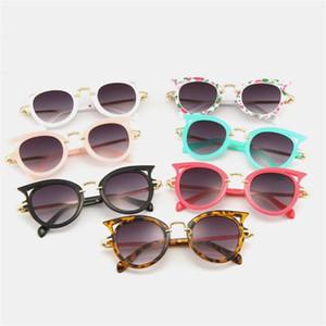 موضة النظارات الشمسية للأطفال عين القط نظارات شمسية نظارات الجوف تصميم المضادة للأشعة فوق البنفسجية نظارات الاطفال ريترو نظارات شمسية A ++