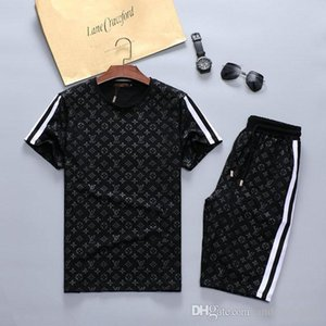 2020 Brand Mens Tracksuit T Shirt +Shorts Summer Short Sleeve Tracksuit Casual T Shirt 2 Piece Brand men s summer shorts sets