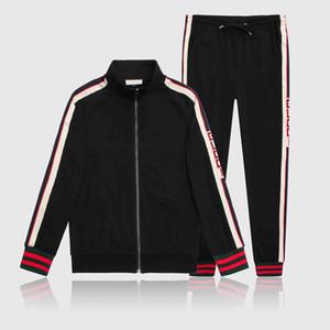 2020 New Designer Mens Fatos Verão T-shirt Pant Sportswear Moda Define manga curta Correndo Jogging alta qualidade Plus Size HH3