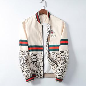 Brand New Jackets Designer Mens imperméable et respirante Softshell vestes coupe-vent Manteaux Hip Hop sport Zippers Hommes Vestes