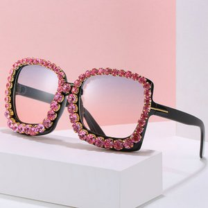 Frameless Sunglasse Lip Shaped Frameless óculos de sol Tendência Scrap Borda pára-sol Óculos de Sol Praia Casual Sunglasses Multi Color Hot PKsC6 WKF