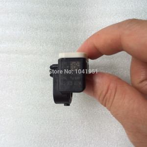 Spedizione gratuita Airbag auto ANTERIORE sensore di impatto, sensore di crash, per 2013-14 AUDI S6 A6 A7 S7 C7 Volkswagen, Skoda OEM: 4H0959651A