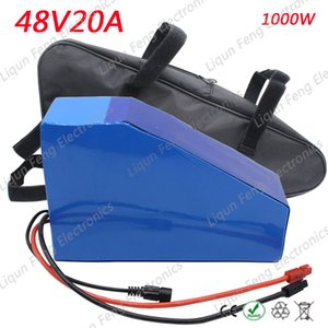AB ABD No Vergi 48V 20AH Üçgen pil 1500W 48V Elektrikli Bisiklet aküsü 48V 20AH Lityum pilli çanta 54.6V 2A şarj cihazı.