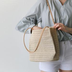 New fashion women's Easy matching bucket handbag portable straw plaited knit summer shoulder bag Leisure Style Lady bag