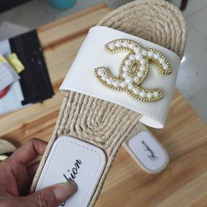 Neue Frauen-Innenboden flache Schuhe Sommer Anti-Rutsch-Flip-Flops Bad Hauspantoffeln weiblich Slipper Komfortabler