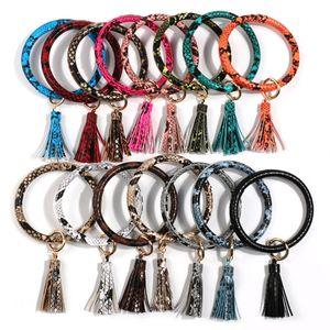 Tassel Bangle Keychain Pulseiras chaveiro Cobra Leather Titular O Wristlet Pulseira Círculo Charme Key Anel Pulseiras Party Favor DBC VT1164