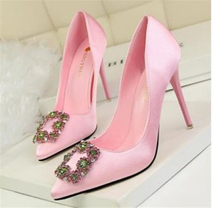 white Red flower Womens wedding shoes Bridesmaid lace dress shoes woman pointed toe 8cm low heel Pumps female shoes