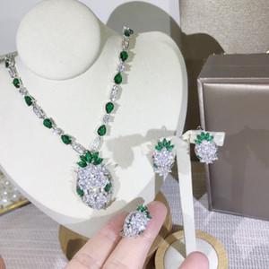 Luxury Lady ottone pieno di diamanti verde zircono Occhi principessa serpente testa Serpent 18 carati placcato in oro Collane Girocolli Orecchini Anelli I monili