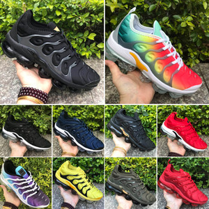 2020 Sıcak Ucuz 2018 TN Artı Eğitmenler Erkekler Kadınlar Koşu Ayakkabı Spor Üçlü Siyah Beyaz Kırmızı Zeytin Yeşil Sneakers Boyut US5.5-11