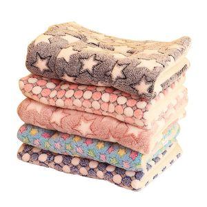 Собака Одеяло кровать собаки Коврики Мягкий коралл руно Paw Foot печати Теплый Спать кровати Обложка Mat животное собака принадлежности