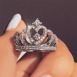 Moda prata / ouro rosa cor coroa Princesa Anéis Europa Criativa Mulheres charme jóias Zircon anéis do sexo feminino Atacado Anillos