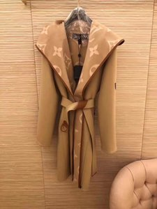 19SS haut de gamme Femmes Filles À Capuchon wrap manteau monogramme motif midi tranchée manteau coupe-vent vestes ceinture à manches longues top Qualité Mode outerwea