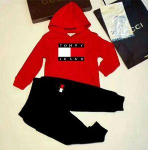 Conjuntos de Roupas de bebê Vestuário Infantil Outono E Inverno Novo Padrão Masculino Camisola Menina Terno roupas para crianças