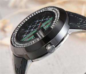 Atacado Mais Novo Venda Quente Moda Feminina Relógio de Quartzo Duplo linha broca de cristal dial Silica Gel Strap Moda Masculina Das Mulheres relógios de Quartzo