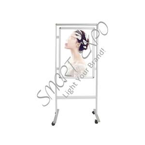 Movable Double Sided Snap Poster Display con piedini in alluminio Ruote Base doppio lati 32 millimetri largo nastro di alluminio Frame poster