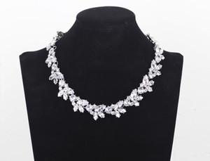 Retro Autriche Rhinestone ras du cou Femmes chaîne courte fleur collier pendentif Collares Christams Cadeaux