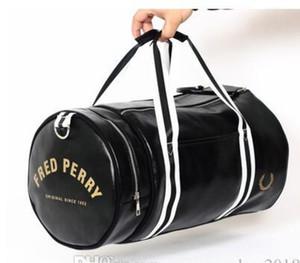2019 حقيبة يد العلامة التجارية أكياس فريد الرجال رسول السفر جلد عارضة في الهواء الطلق خمر حقيبة الكتف نمط بيري