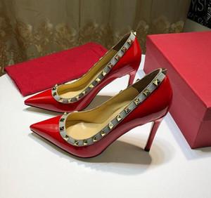 2019 nova moda sapatos de Marca mulher designer de salto alto designer de sapatos rebite decoração Original box pumps high