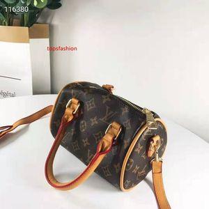 Fashion  handbag handbag design handbags shoulder bags Cross bags Body wallet outdoor bags free shipping