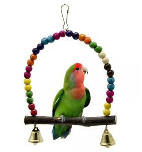 Yeni Ev Doğal Ahşap Papağanlar Renkli Boncuk Bells Oyuncak Kuş Malzemeleri ile Oyuncak Kuşlar Tünek Asma Salıncak Cage Salıncak
