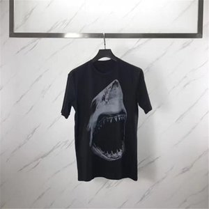 Hommes Styliste T-shirt à manches courtes Hommes Femmes 3D Shark Imprimer T-shirt femmes Camisa Masculina Styliste T-shirt