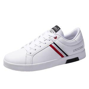 Hommes Concepteurs Snekaers homme cuir Snekaers Printemps Nouveau Casual Hombre Sport Chaussures Hommes Respirant Confortable Chaussures de randonnée résistant à l'usure