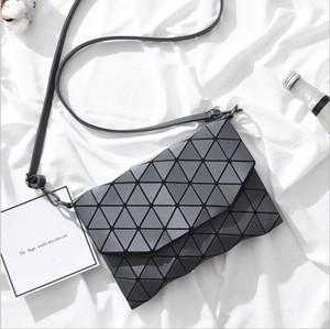 Designer nouveau sac avec le diamant en treillis Fold Sequin Plus de petits sacs à main d'embrayage femmes Chaîne d'épaule Messenger Sac bao bao Wristlet
