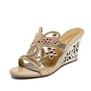 Damen Sandalen Slanted Heel Sexy aushöhlen Sandalia Feminina High Heels Crystal Set Sandalen Kristallschuhe Mode