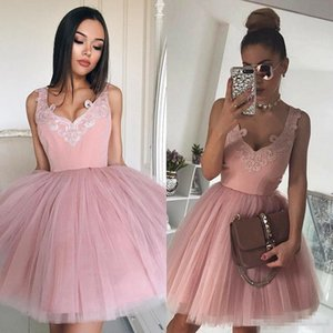 Modern Pink Short Homecoming Dresses With Applique Sheer V Neck Tulle Mini Evening Gowns Special Occasion Women Cocktail Party Dresses 2019