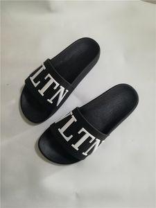 прозрачные сандалии женских с носками Xia 2019 нового слова с водой алмаза сексуальных Баоих каблуками