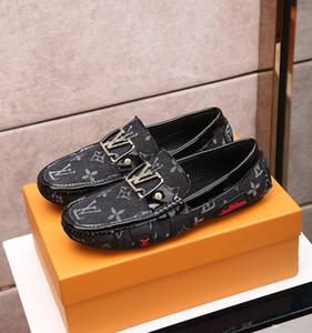 Top qualidade Mens Peas couro casuais sapatos, Bordados Mens padrão sapatos único personalidade moda selvagem Peas Casual sapatos Tamanho: 38-45 0043