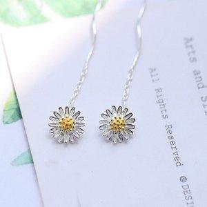 Handmade daisy earrings female Mori Department of literature and art Joker sweet lovely girl art wave flower earrings