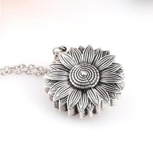 2019 New Fashion Open Sunflower Double Lettering Pendant Jewelry Charm 3 Color Personality Sunflower Pendant Necklace For Women