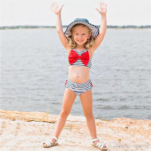 Costumi da bagno a righe INS Deisgner Le più nuove ragazze in due pezzi Nuoto Abbigliamento Tute Senza maniche Cinture Top Increspature Ragazze che nuotano 2 pezzi Completi bikini