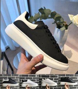 Tasarımcı Rahat Ayakkabılar Kadın Erkek Sneakers Kaykay Ayakkabı Moda Yarış Lüks chaussures Trendy Platformu Yürüyüş Eğitmenler