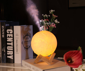 880ML Air Humidificateur 3D Lune Lampe lumière Diffuseur Aroma Huile Essentielle USB Ultrasons Humidificador Nuit Cool Brouillard Purificateur avec support en bois