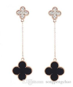 2018 new classic luxury ladies long earrings temperament ladies retro jewelry trend exaggerated gold-plated anti-allergic earrings