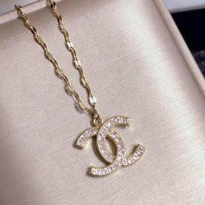 Letter Designer Necklace Europe and America Popular Style Necklace Cool Men And Women Fashion High Quality Necklace Jewelry