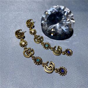 2020 Europa y los Estados Unidos moda perla retro de gama alta conjunto de diamantes de lujo pendientes femeninos