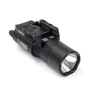 Taktik SF X300 Ultra LED Beyaz Işık X300U Av Tüfek Tabanca Işık Picatinny veya Universal Rail sığdırmak