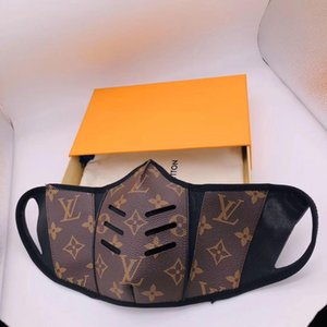 2020 New Mask Top Fashion Paris Luxury Designer Face Masks Anti-Dust Masks Cloth+ PU Leather Printing Daily Life Half Face Mask with box