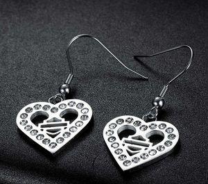 Livraison gratuite Mode Lettre Love Loop Hoop Diamond Boucles d'oreilles en acier inoxydable Médecin pour hommes Femme Dames Party Couple Couple Couple Cadeau