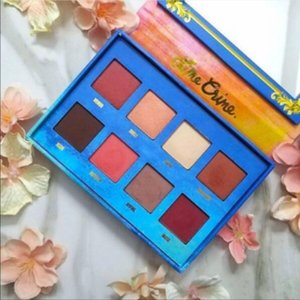 Hot Newest Lime Crime Makeup Palette VENUS 8 color Retro Eyeshadow Palette Stunning Beauty Eyeshadow Palettes dhl free shipping