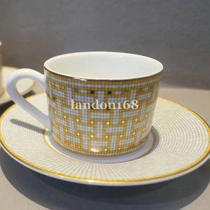 Classic Bone tazza di porcellana con piattino da caffè in ceramica in porcellana tazza di caffè e sacuer Tea Set regalo Festival