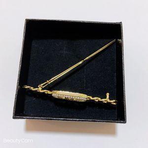 Nouveau classique perle chaîne strass grenouille Clipp C cheveux symbole cheveux mode clip Accessoires épingle à cheveux avec un cadeau VIP