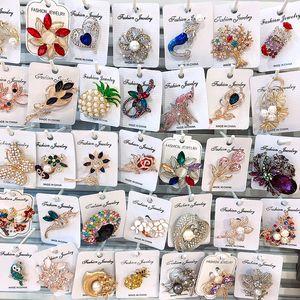Alta Qualidade Faux pérolas e cristais Popular do floco luxo broche cristais tchecos Mulheres Hijab Wear Broach Pinos