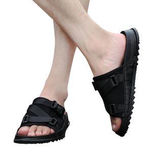 Slippers Men's Slipper Large Size Round Toe Platform Flat With Soft Bottom Buckle Decorative Men Sandals Summer Flip Flops 2021