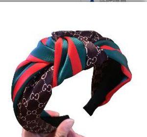 Satin Nähen Stirnband Kopfbedeckung Korean Haarschmuck Netto-rote Buchstaben rot und grün Streifen verknotet Breitseite Karte A38