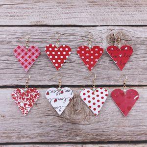 Kadınlar kostüm Kalp Deri Dangle Küpe Takı Hediyeler için Sahte Pearl ile Sevgililer Günü Tatil Aşk Kalp Baskı pu Deri Küpe