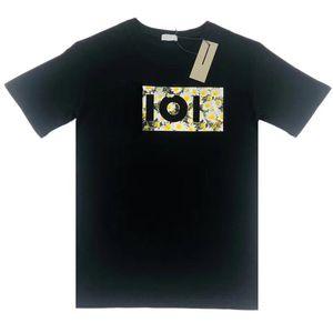 20SS Франция Summer Daisy Letter Printed Tee Мужчины Женщины шеи экипажа Сплошной цвет T-Shirt High Street с коротким рукавом Путешествия Tee дышащий HFYMTX871